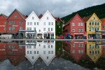 hurtigruten-rondreis-viking-bryggen-the-old-wharf-of-bergen-oyvind-heen-visitnorway.com[1].jpg